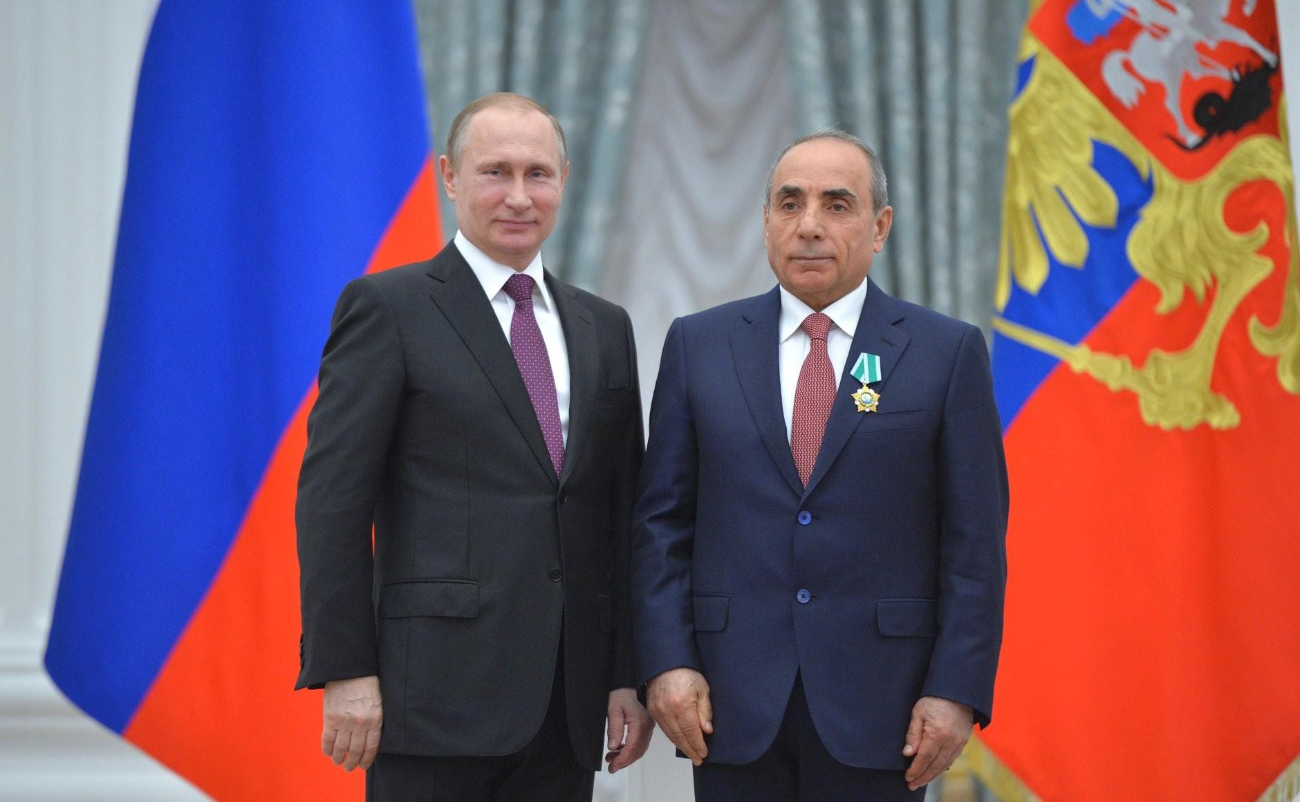 azerbaijanilaundromat/Yaqub-Eyyubov-Putin.jpg