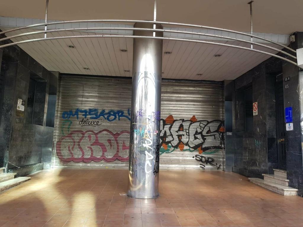 investigations/alejandro-ave-shops.jpg