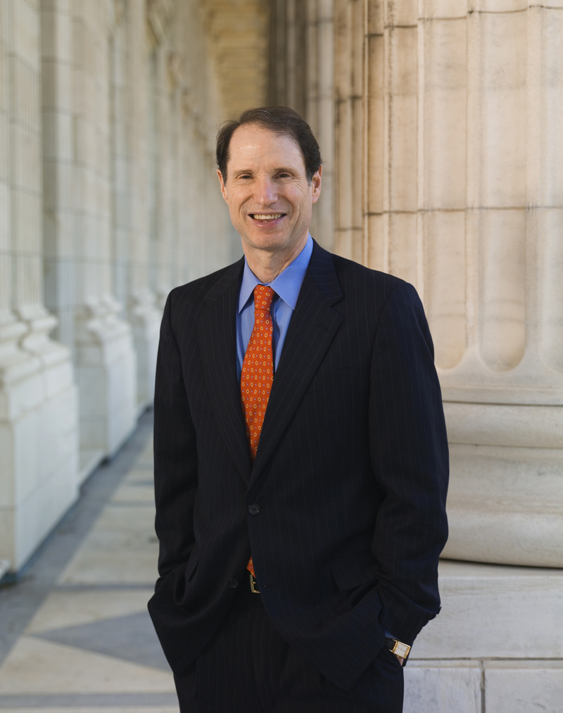 the-fincen-files/Ron-Wyden.jpg