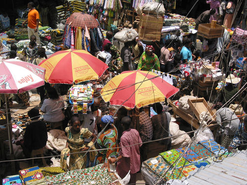 Market in Lagos, Nigeria (Photo: Zouzou Wizman/Creative Commons Generic 2.0)