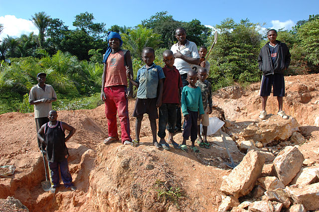 Child labor Artisan Mining in Kailo Congo
