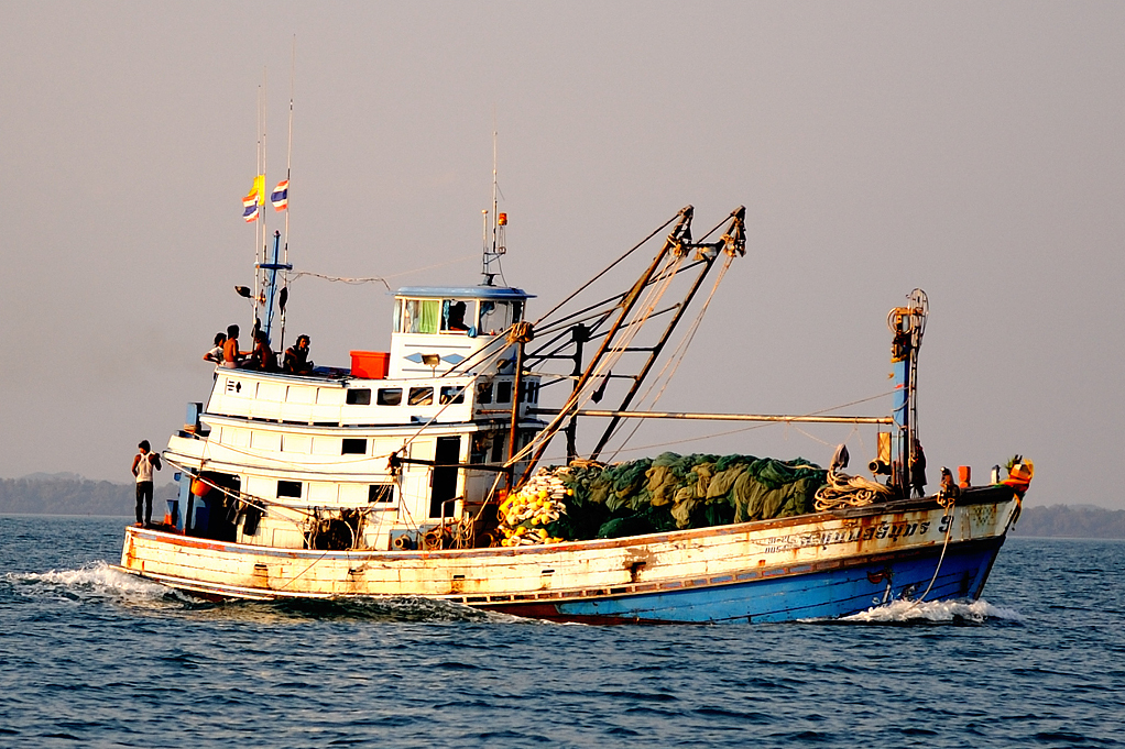 Thai fishing boat (Photo: Wikimedia)