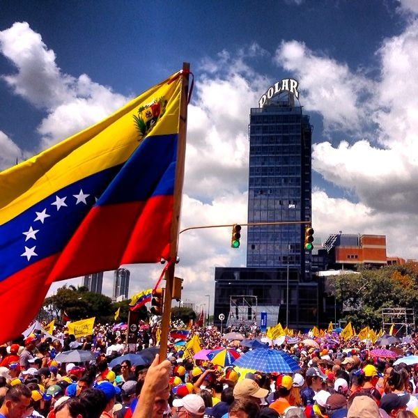 600px-2014_Venezuelan_Protests_12F