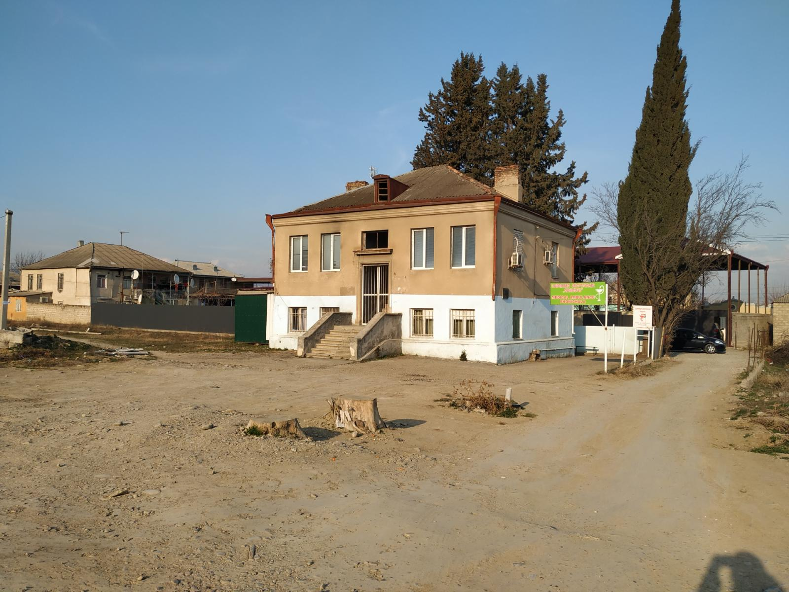 The clinic in Lower Ponichala where Emzar Abuladze works. (Credit: Ulviyya Aliyeva)