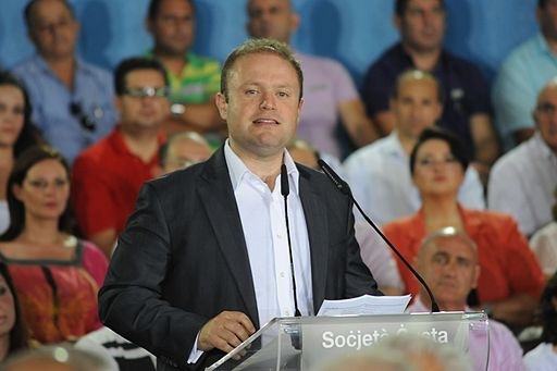 СМИ: Премьер-министр Мальты объявил досрочные выборы после разоблачения его сомнительных связей с правящей семьей Азербайджана