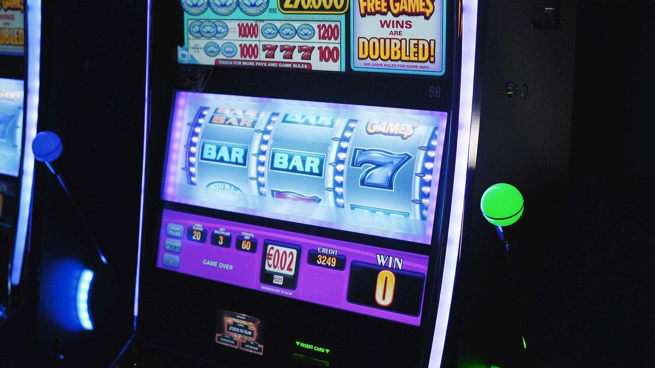 Italian Mafia Bets on Illegal Online Gambling