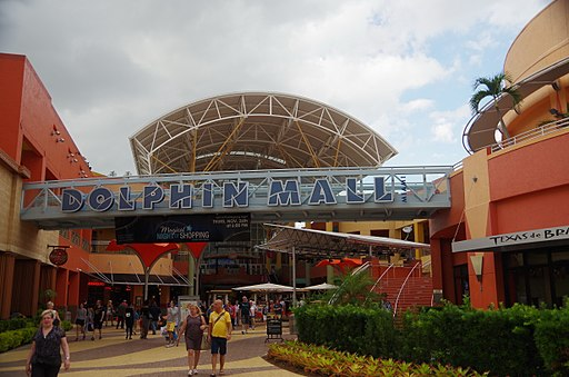 US-miami-dolphinmall