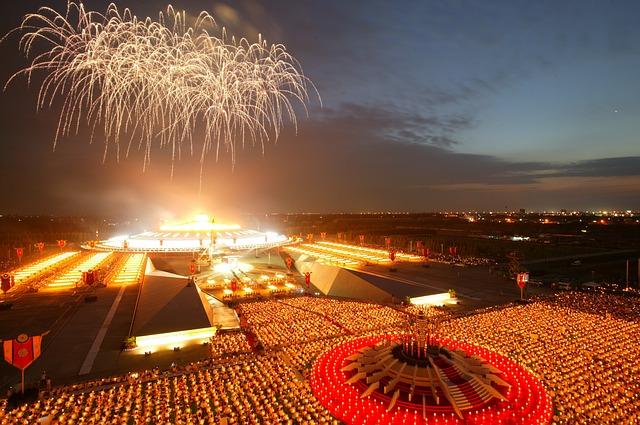 maxpixel.freegreatpicture.com-Phra-Dhammakaya-Fireworks-Temple-Dhammakaya-Pagoda-476059