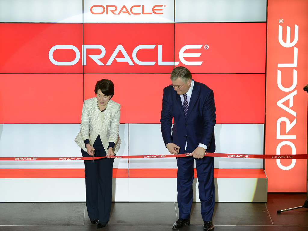 Sorin Mindrutescu helps open the Oracle branch (Oracle EMEA PR / flicker)
