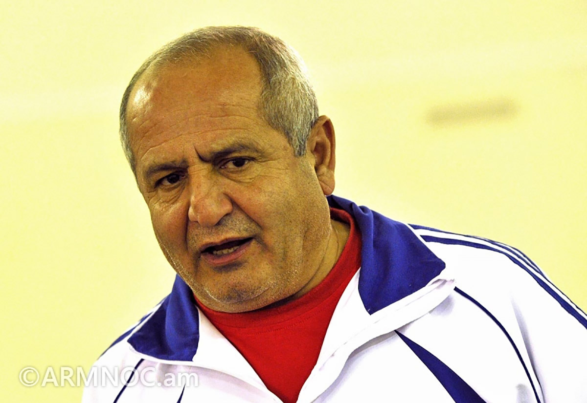 Pashink Alaverdyan, head coach of the men's Armenian national weightlifting team. (Photo: Armenian National Olympic Committee)