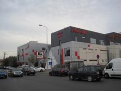 JOLIE_VILLE_SHOPPING_MALL