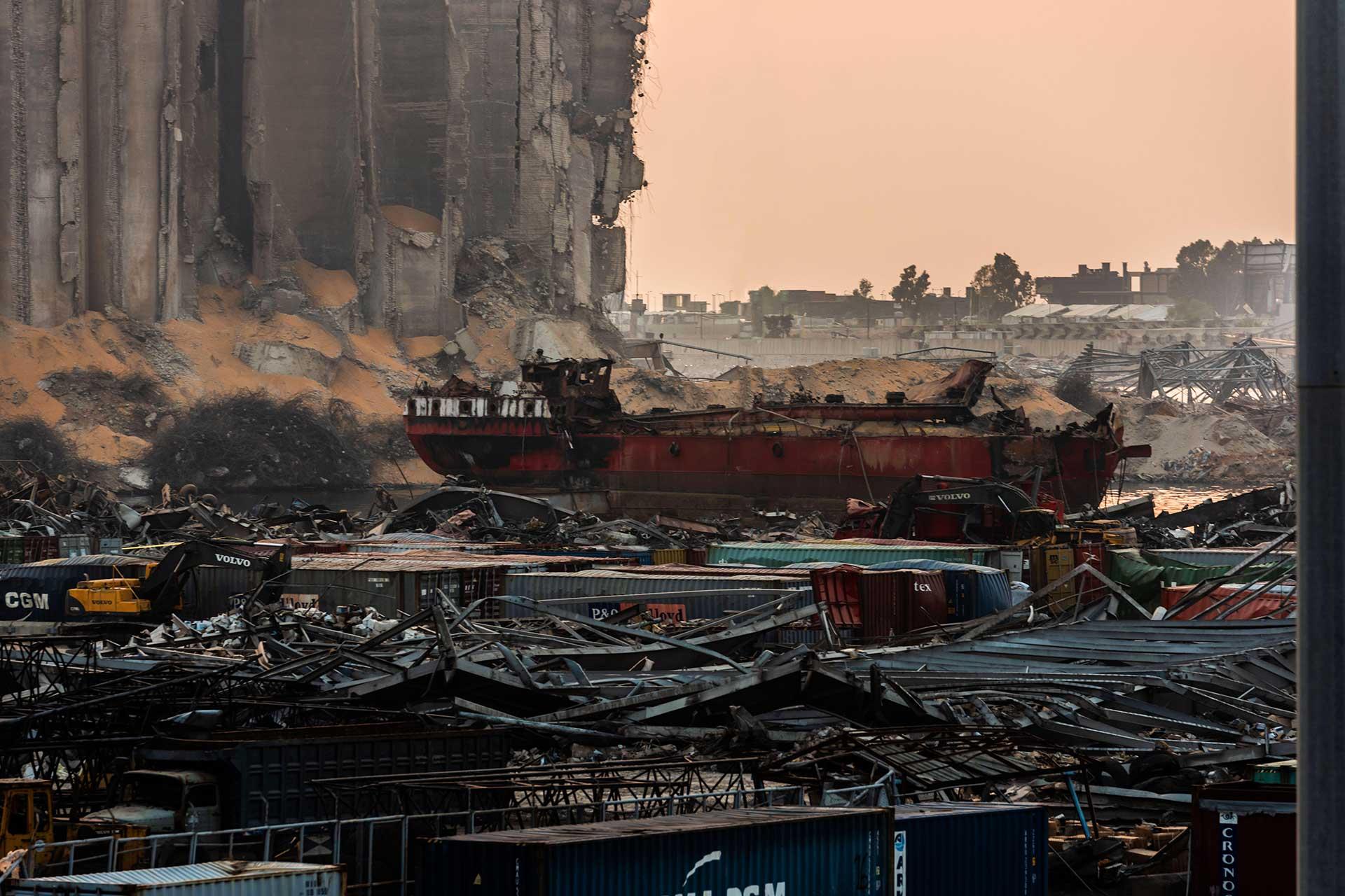 Документальный след владельцев селитры, взорвавшейся в порту Бейрута, ведет в Украину