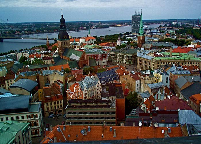Russians Moving to Latvia: Dream or Nightmare?