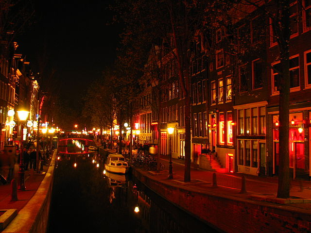 Amsterdam's red light district. The policy change will create consistency between country data regardless of their policies on drugs and prostitution. (Photo: Tran Vinh Duong)